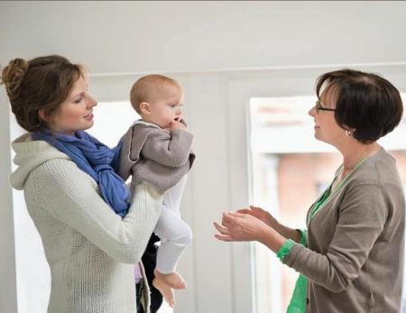 Devoir de confidentialité : plus difficile pour les assistantes maternelles.